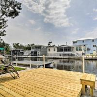 Homosassa Riverfront Home w/Boat Ramp+Docking