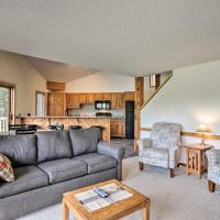 Schuss Mountain Condo with On-site Skiing, hotel in Mancelona
