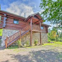 Lutsen Cabin with Fire Pit, Patio and Deck!, hotel in Lutsen
