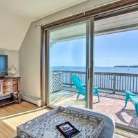 Salem Condo with Ocean Views - Walk to Beach!