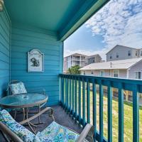 Condo with Balcony and Pool Walk to 2 Beach Accesses!, hotel in Carolina Beach