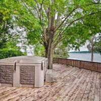 Lake Charlevoix Home with Deck, Walk to Downtown!, hotel in Boyne City