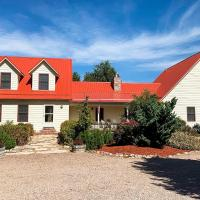 Spacious Cañon City Retreat Near Trails and Rafting!