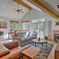 Chic Silverthorne Condo with Balcony on Blue River!