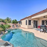Mesa Abode with Grill and Hot Tub - 2 Mi to Shopping!