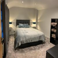 Entire home near Leeds and Bradford airport, hotel near Leeds Bradford International Airport - LBA, Leeds