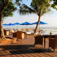 Inna Sindhu Beach Hotel & Resort, отель в Сануре