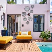 Pineapple House Boutique Hotel, hotel in Sea Point, Cape Town