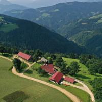 Farmstay&Glamping Visočnik, hotel in Ljubno