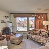 Condo with Pool Less Than 1 Mi to Santa Fe Plaza and Canyon Rd
