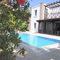 Gundogan Villa Sleeps 7 with Pool Air Con and WiFi