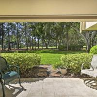 Spacious Tampa Area Condo w/Golf Course Access, hotel in Palm Harbor