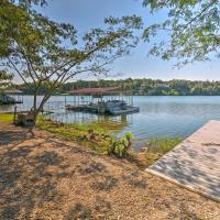 Waterfront Home w/Dock - 8.8Mi to Hot Springs, hotel in Price