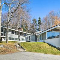 Pet-Friendly Getaway with Mt Snow View Less Than 1 Mi to Lift!