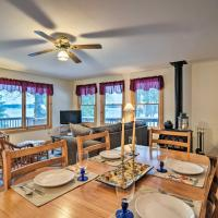 Charming 3-Season Lakefront Retreat with Dock, hotel in Indian River