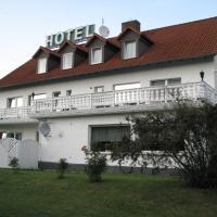 Hotel Linden, hotel di Knüllwald
