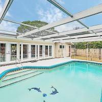 New Listing! Updated Home w/ Caged Pool & Patio home