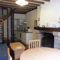 """""""Les Mouettes"""" Maison de pêcheur en centre ville, hôtel à Saint-Vaast-la-Hougue"""