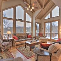 Black Bear Resort Cabin 8 Mi to Prime Skiing!, hotel in Davis