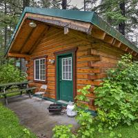 Cozy Cabin on the Creek Near Hiking Trails and Town!