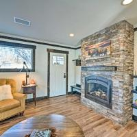 Rustic-Chic Apartment with Gas Grill 20 Mi to MSU!