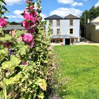 Claysun House - Sleeps 8 - Forest of Dean
