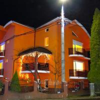 Casa Iulian, hotel din Cavnic