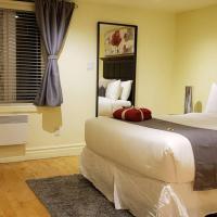 3-Bedroom Casa Bonita by Amazing Property Rentals, hotel em Gatineau