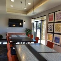 Holiday Inn Express & Suites - Colorado Springs AFA Northgate