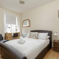 Silver Lining - Bonnie Rose Street Apartment