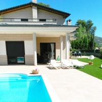 Alba Holiday Home near Sitges and Beach, hotel a Canyelles