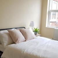 Beautiful 4 bedroom Victorian Apartment Sleeps 7 STOCKPORT