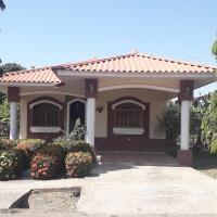 Casa Los Pinos, hotel in Chitré