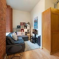 Central Mill Flat Sleeps 4 Free Parking