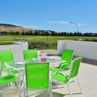 Family Apartment with Terrace, hotel in Pyla