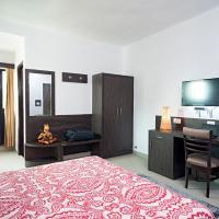 R C Palace Hotel, hotel in Bhiwadi
