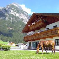 Auenhof, hotel in Gschnitz