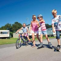 Country Coastal Holidays - Families and Couples only, hotel in New Romney