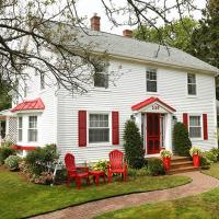 Warm House Retreat Bed and Breakfast, hotel in Summerside