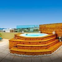 Luxury Sea-View Penthouse with Outdoor Jacuzzi