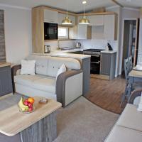 The Royal Clovelly caravan with sea views