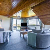 Modern Holiday Home in Moelfre near beach