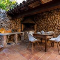 Pollenca Villa Sleeps 6 with WiFi