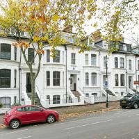 Southend Luxury Stays - Superclean Self contained 2 bed apt with Garden