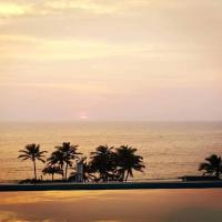 Mount Lavinia beach pad by the Brothers
