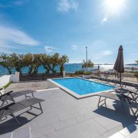 Beautiful home in Vodice w/ WiFi, Outdoor swimming pool and 5 Bedrooms