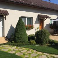 Privát Pekný dvor, hotel in Rajecké Teplice
