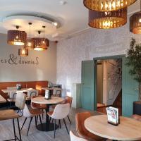 Slapen Bij Brownies & Downies, hotel in Valkenswaard