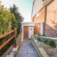 5 Firle Road Annexe, hotel in Lancing