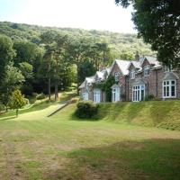 Stunning holiday home in Parracombe near sea, hotel in Martinhoe